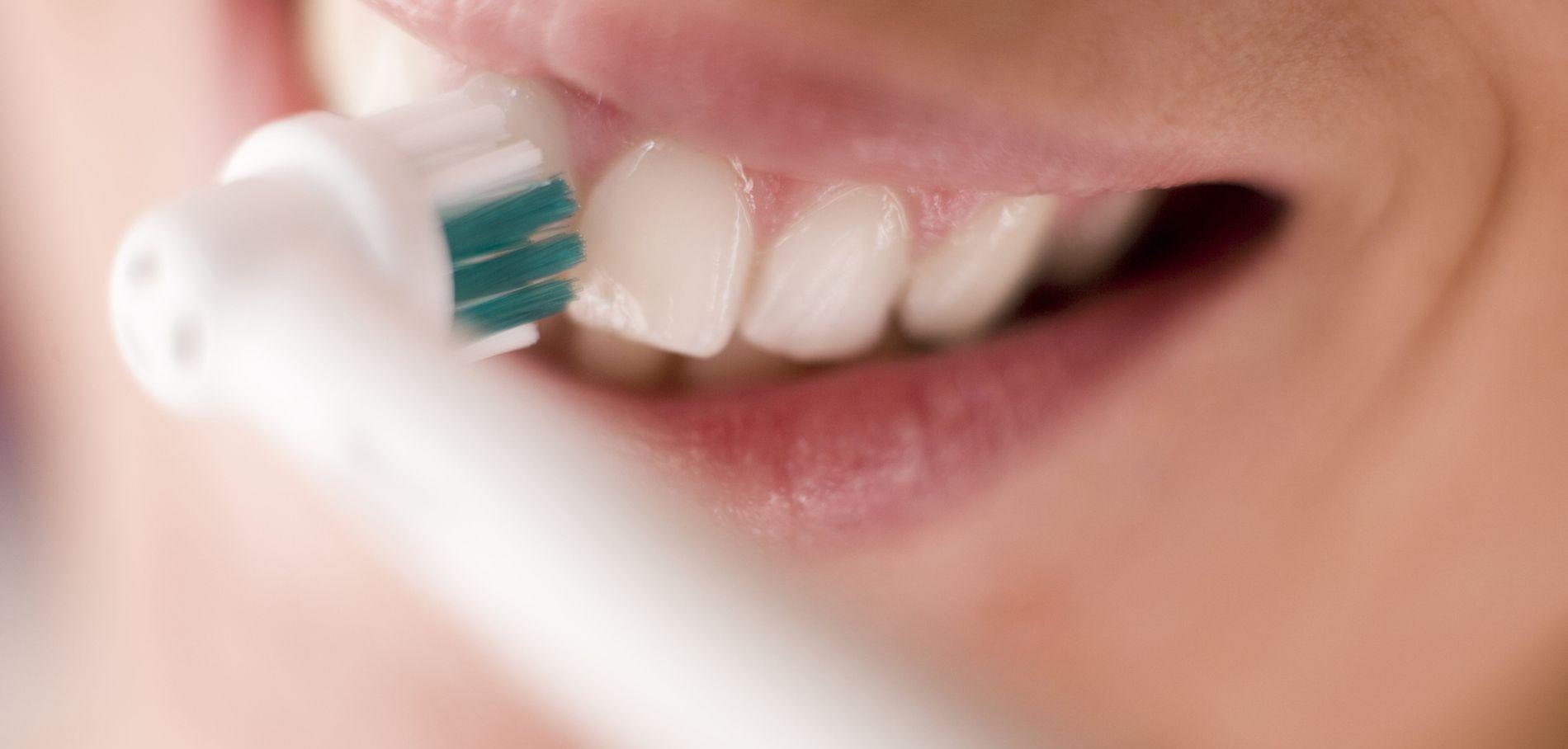 brosseà dents électrique sélection, compartifs et guide 2018