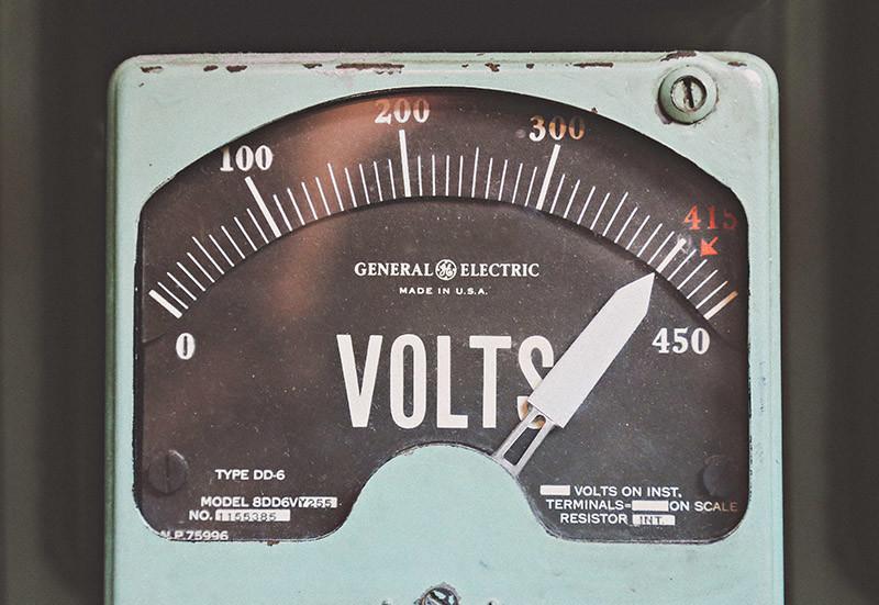 Gaspillage d'électricité mode veille et consommation d'énergie