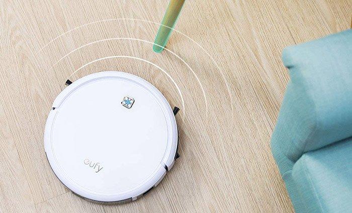 eufy Robot Aspirateur RoboVac 11 Robot Autonome à Aspiration Puissante avec Technologie